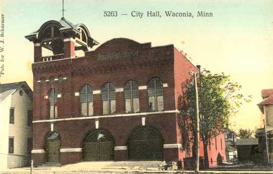 Color postcard depecting Waconia City Hall.