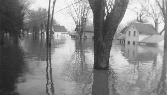Black and white photograph of flood at Chaska, 1965.