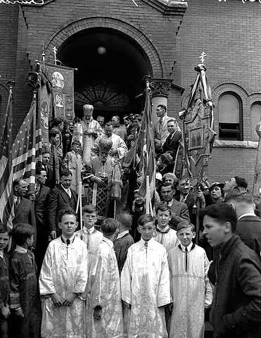 Black and white photograph of a procession in front of St. Mary's Orthodox Cathedral in Minneapolis, May 4, 1936.