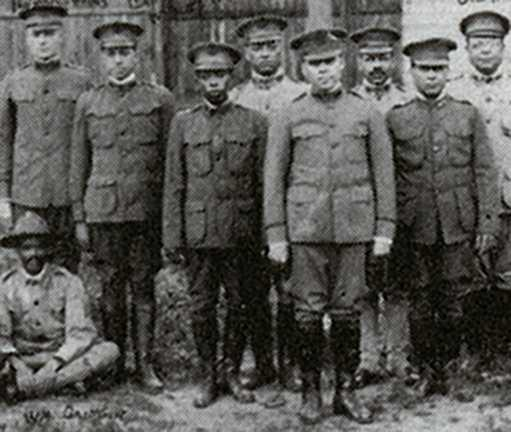 Black and white photograph of officers of the Sixteenth Battalion, Minnesota Home Guard, c.1918.