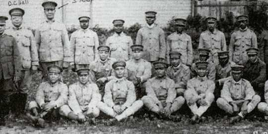 Black and white photograph of men and officers of the Sixteenth Battalion, Minnesota Home Guard, c.1918.