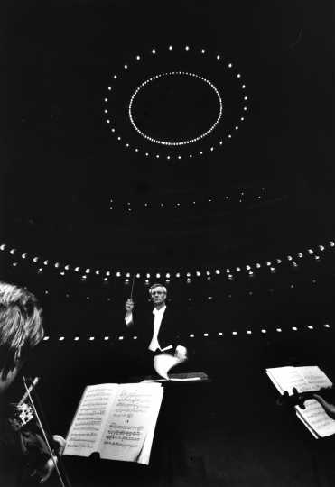 Black and white photograph of the SPCO's concert at Carnegie Hall, under conductor Leopold Sipe, 1969.