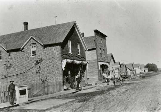 Photograph of Clemens Meyer's general store on Oak Grove Street in Meire Grove c.1900.