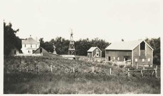Black and white photograph of Jacob DeMong Farm, Murray County, ca. 1910.