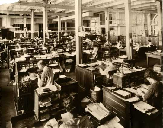Black and white photograph of West Publishing Company editorial offices, c.1920s.