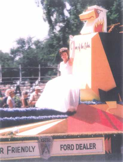 Aquatennial Queen Connie Haenny, 1963