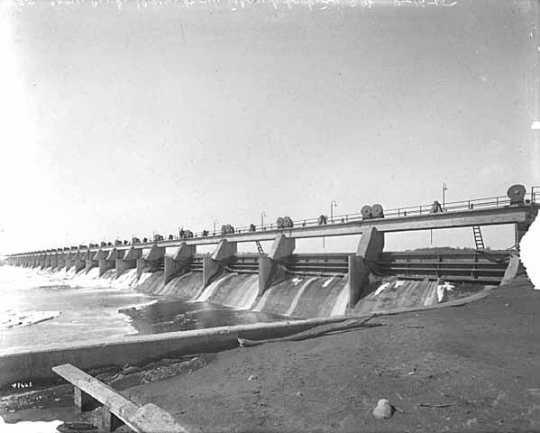Dam, Coon Rapids.