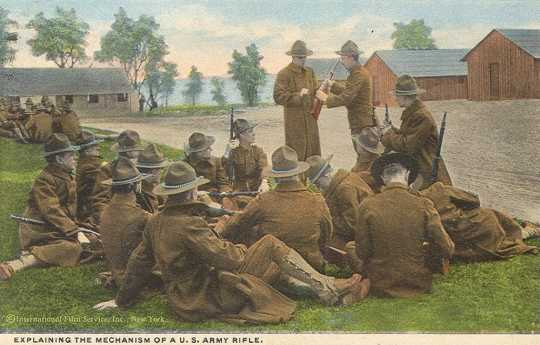 Colorized postcard depicting rifle training, ca. 1917.