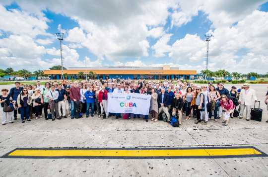 Color image of the Minnesota Orchestra upon landing in Cuba, 2015.