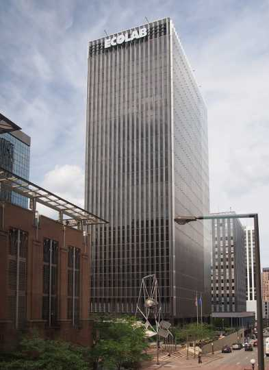 Color image of the Ecolab building, 2014. Photograph by Wikimedia Commons user McGhiever.