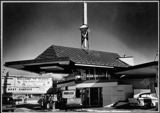 Frank Lloyd Wright gas station, Cloquet.