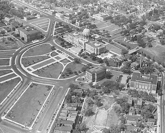 Black and white aerial photograph by R.E. Nielsen of St. Paul's Central Park, c.1955.
