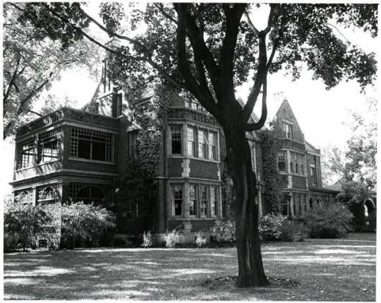 Governor's residence, 1006 Summit Avenue
