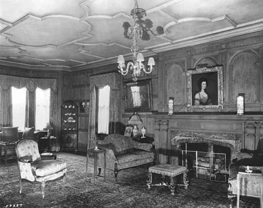Interior of 1006 Summit Avenue (the Irvine residence)