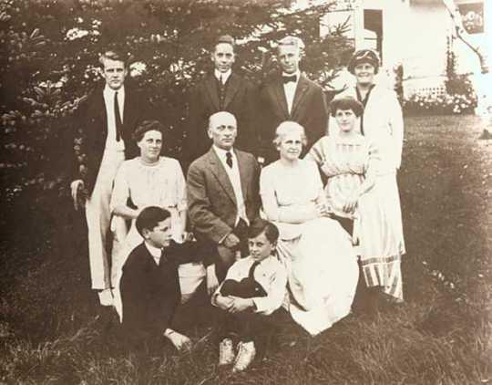 Photograph of Clara Ueland's family, ca. 1920