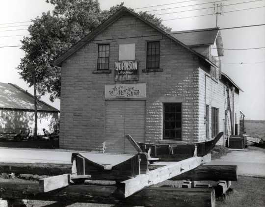 Finstad's Auto-Marine Shop