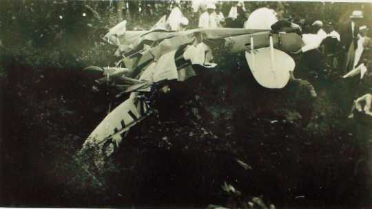Black and white photograph of place wreckage from Florence Klingensmith's fatal crash, 1933.