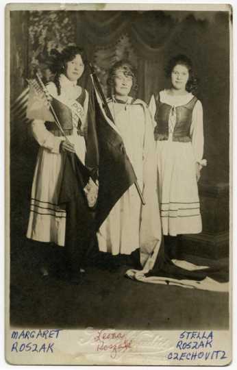 Leona Roszak, Margaret Roszak, and Stella Roszak Czechowicz
