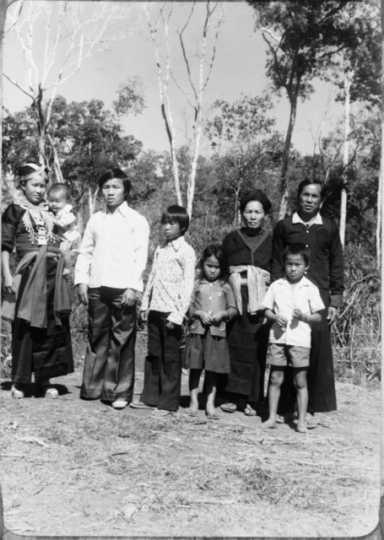 Yang family in Ban Vinai refugee camp, Thailand.