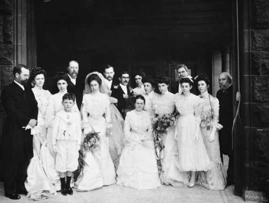 Black and white photograph of the wedding of Charlotte Hill Slade, daughter of James J. Hill, at 240 Summit Avenue, St. Paul, 1901.