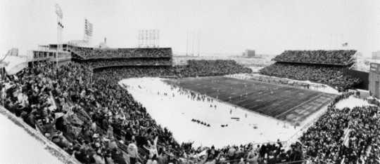 Black and white photograph of the last game at Metropolitan Stadium, Vikings versus Kansas City Chiefs, 1981.