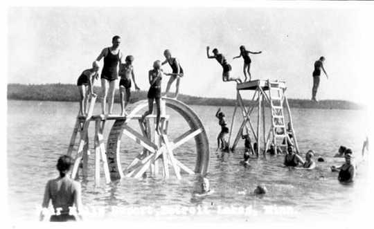 Swimming Fair Hills Resort