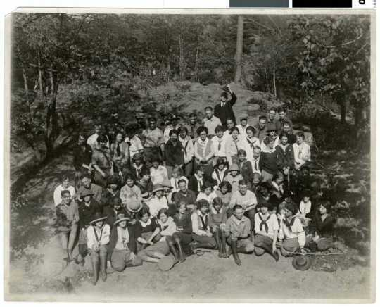 Photograph of Geology field trip, Macalester, 1923