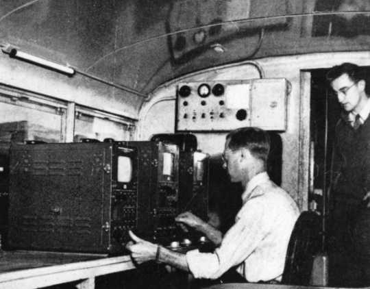 Black and white photograph of the Twin City Television Lab's mobile unit, c.1948.