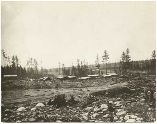 First mine on the Mesabi Range, near Mountain Iron, ca. 1892.
