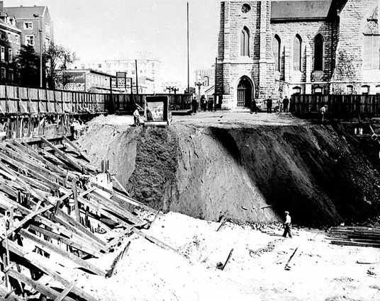 Black and white photograph of the excavation for Foshay Tower, c.1927.