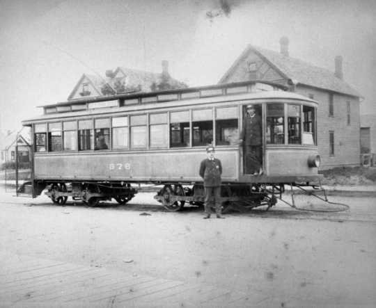 Black and white photograph of a Grand Avenue Streetcar, St. Paul, c.1910.