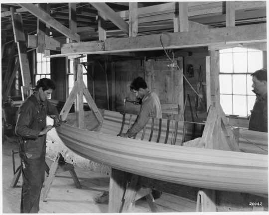 Boat works at Mille Lacs Indian Trading Post
