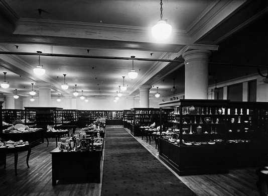 Black and white photograph of Donaldson's china department, Minneapolis, c.1924.