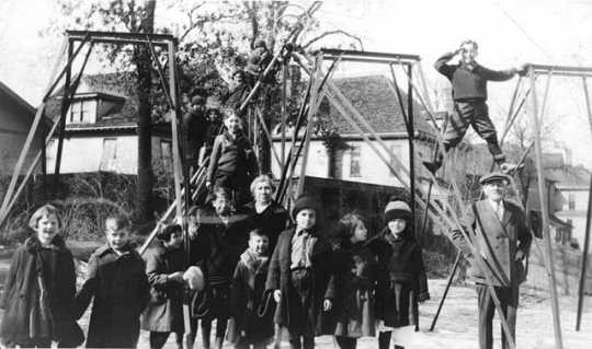 Black and white photograph of the playground of the Jewish Sheltering Home for Children in Minneapolis, c.1925.