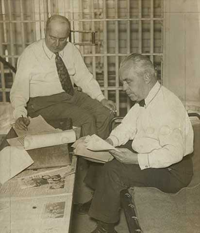 Black and white photograph of Foshay and Henry H. Henley in Leavenworth Federal Penitentiary, 1934.