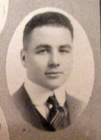 Black and white photograph of Melvin Maas from St. Paul Central High School yearbook, 1916.