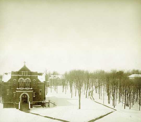Hoyme Memorial Chapel