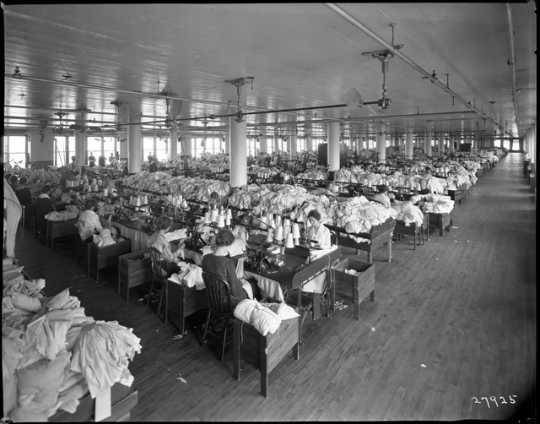 Munsingwear employees at work