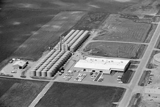 Black and white photograph of Willmar Poultry Company, Willmar, 1969.