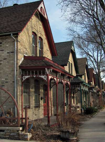 Color image of a line of houses on Milwaukee Avenue, 2014.