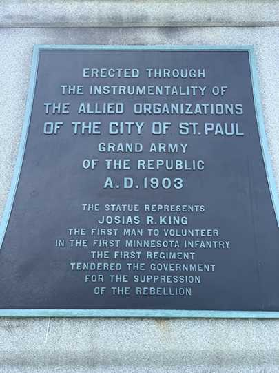 Plaque on Soldiers and Sailors Memorial