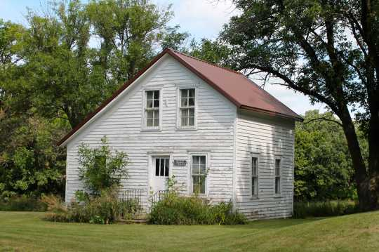 Color image of the original parsonage of Old Westbrook Lutheran Church, now a church museum, 2017. Photograph by Dave Van Loh.