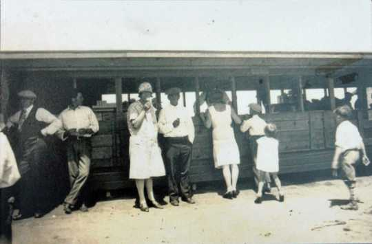 Refreshment stand at Bean Lake Resort, ca. 1930