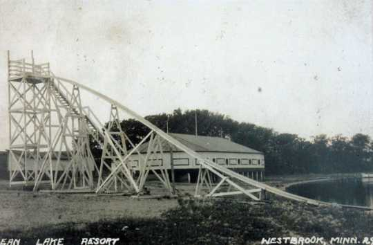 Water slide with roller rink in the background, Bean Lake Resort, 1929