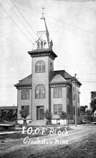 Black and white photograph of the Crookston IOOF building, ca. 1900.
