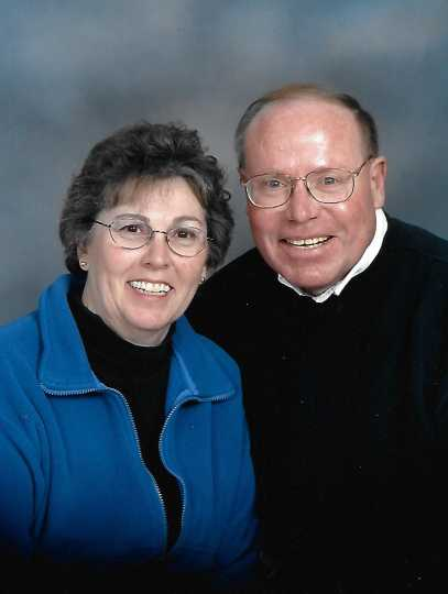 Color image of Jeff and Jeanie Hiller, ca. 2000.
