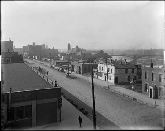 A street scene of First Street South in Minneapolis, where the First Street Red Light District was. Photograph by C. J. Hibbard, ca. 1895.