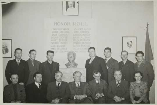 Black and white photograph of Socialist Workers Party Members, ca. 1941.