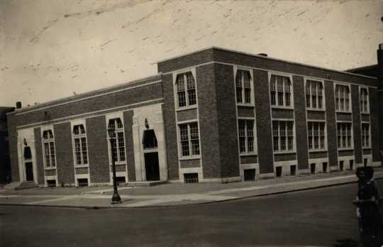 Black and white photograph of the exterior of the Jewish Educational Center at the St. Paul Jewish Community Center, 1935.