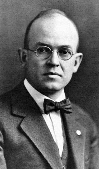 Black and white portrait of John B. Sanborn Jr., c.1925.